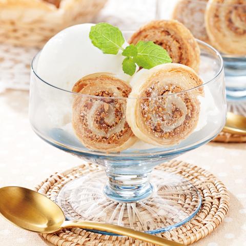 くるくるアーモンドパイ&アイスクリーム